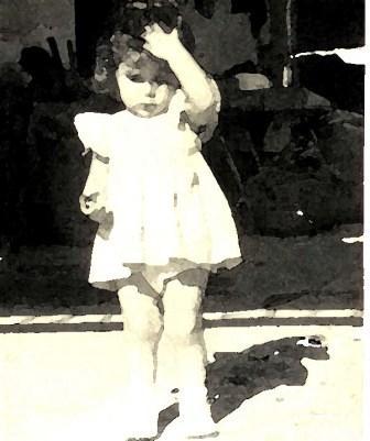 III.- Cuando era niña tenía las piernas cortas